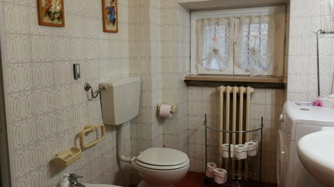 Il bagno della casa del lago